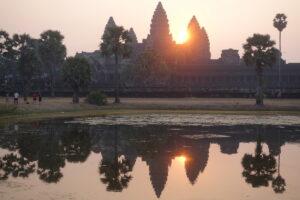 Sonnenaufgang über Angkor War